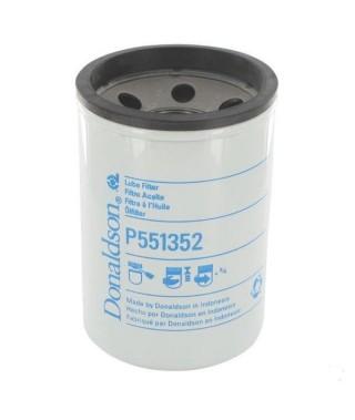 P551352 Filtr olej    RE59754